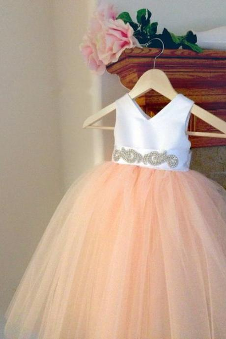 Flower Girl Dress, 2018 White Peach Floor Length Flower Girl Dresses Sleeveless Ball Gown Formal Bow Sashes First Communion Dress Kids Party Gowns