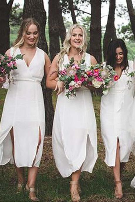 White Bridesmaid Dresses, Beach Bridesmaid Gowns, Popular V-Neck White Sleeveless Split Short Bridesmaid Dresses, Maid of Honor Plus Size Long Wedding Guest Party Dress